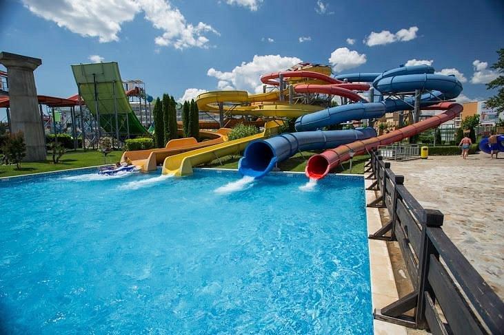 """פארק המים """"אקשן"""" סאני ביץ (מקור: Trip Advisor)"""